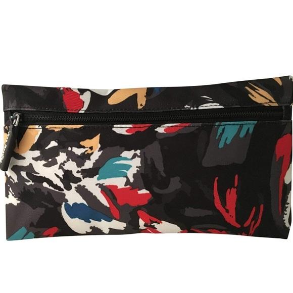 267c2ff607e45 Vera Bradley splash floral pencil pouch NWT